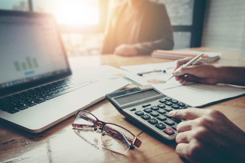 contabilizar facturas de años anteriores
